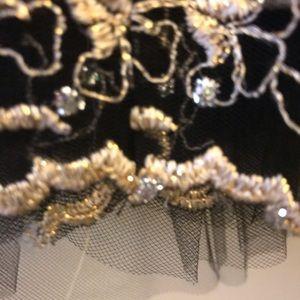 Jessica McClintock Dresses - SZ 8 Jessica McClintock gold/brownish strapless